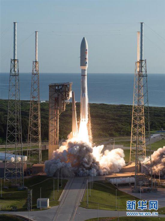 """(国际)(4)美国发射""""毅力""""号火星车 将探索火星生命迹象"""