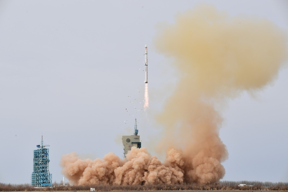 我国成功发射遥感三十一号03组卫星【3】